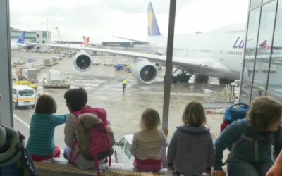 Langstreckenflug mit Kindern